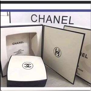 Chanel foundation box of 2!